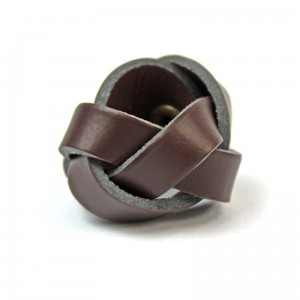 Small brown woggle